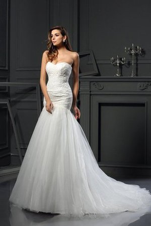 Sweetheart Sleeveless Appliques Tulle Mermaid Wedding Dress - 1