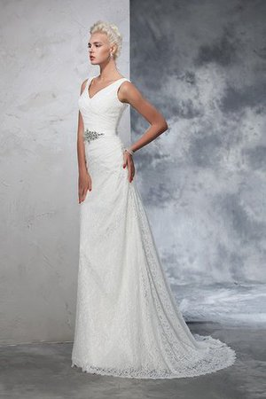 Sleeveless Mermaid V-Neck Lace Natural Waist Wedding Dress - 4