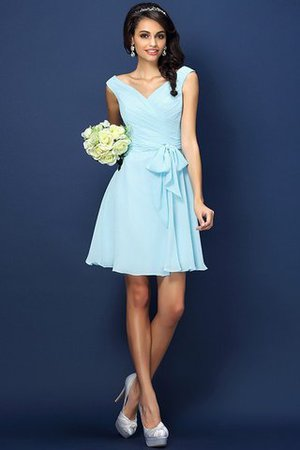 Zipper Up A-Line V-Neck Short Bridesmaid Dress - 18