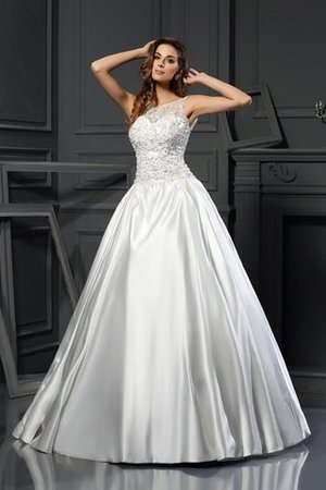 Chapel Train Appliques Zipper Up Ball Gown Empire Waist Wedding Dress - 1