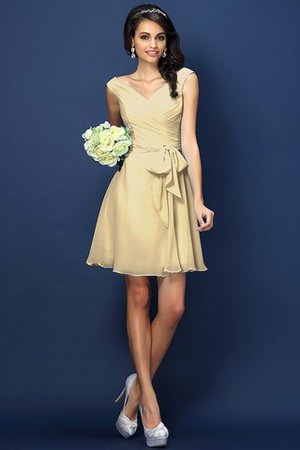 Zipper Up A-Line V-Neck Short Bridesmaid Dress - 6