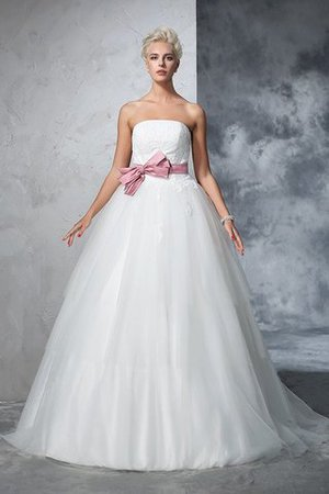 Empire Waist Court Train Accented Bow Ball Gown Strapless Wedding Dress - 4