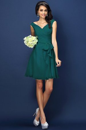 Zipper Up A-Line V-Neck Short Bridesmaid Dress - 9