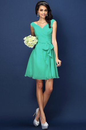 Zipper Up A-Line V-Neck Short Bridesmaid Dress - 15