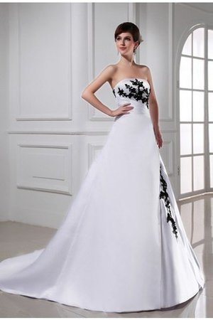 A-Line Appliques Sleeveless Lace-up Empire Waist Wedding Dress - 1
