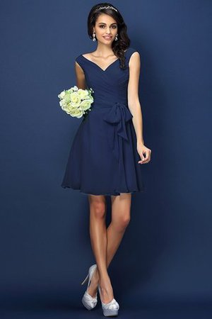 Zipper Up A-Line V-Neck Short Bridesmaid Dress - 10