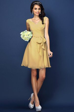 Zipper Up A-Line V-Neck Short Bridesmaid Dress - 12