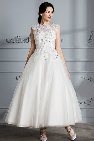 Scoop Sleeveless Ball Gown Tulle Natural Waist Wedding Dress - 3