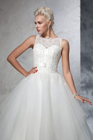 Chapel Train Bateau Empire Waist Appliques Ball Gown Wedding Dress - 5