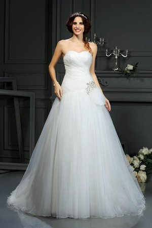 Court Train Sleeveless A-Line Sweetheart Beading Wedding Dress - 2