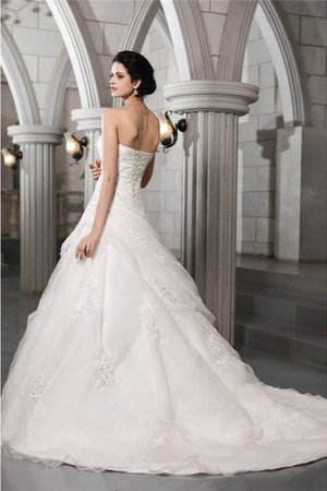 Appliques Princess Sleeveless Beading Chapel Train Wedding Dress - 2