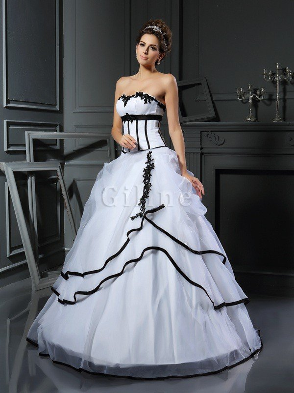 Floor Length Natural Waist Satin Sweetheart Appliques Wedding Dress