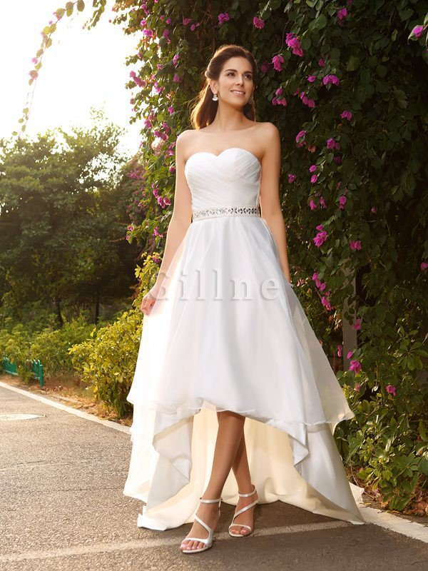 Princess Asymmetrical Organza Beading Sleeveless Wedding Dress