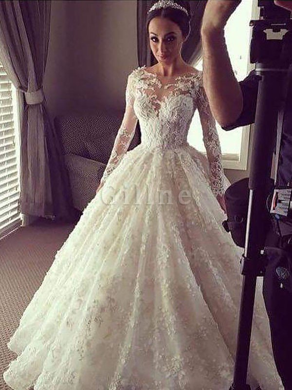 Scoop Court Train Lace Ball Gown Long Sleeves Wedding Dress