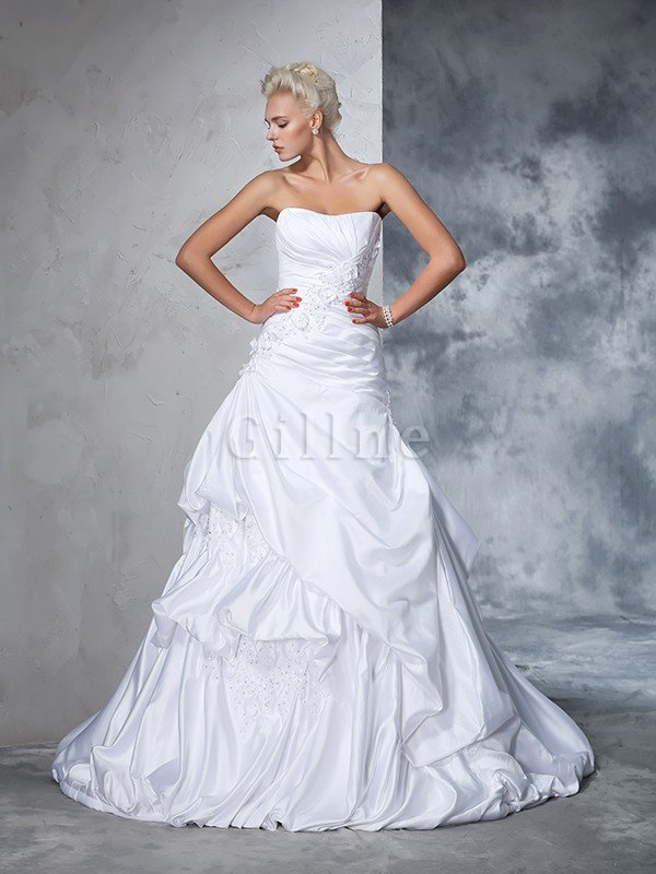 Natural Waist Appliques Long Chapel Train Strapless Wedding Dress