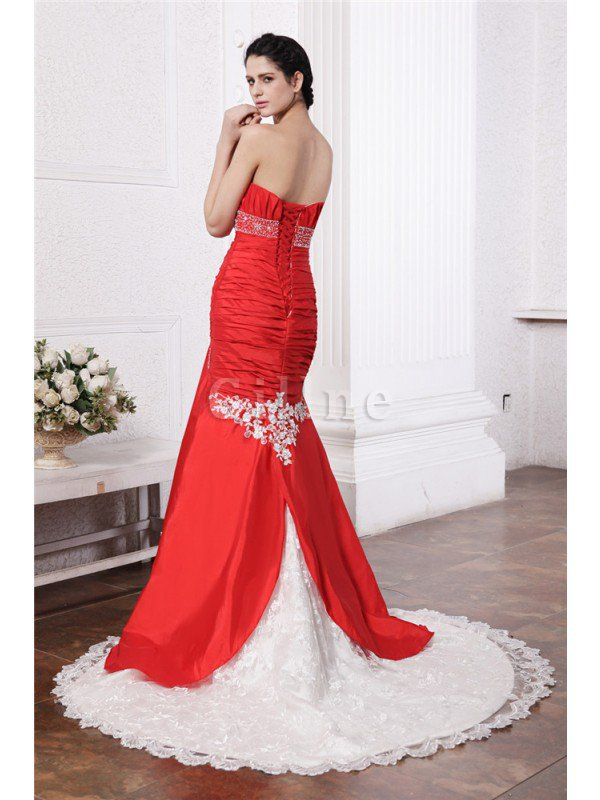 Appliques Court Train Taffeta Empire Waist Long Wedding Dress
