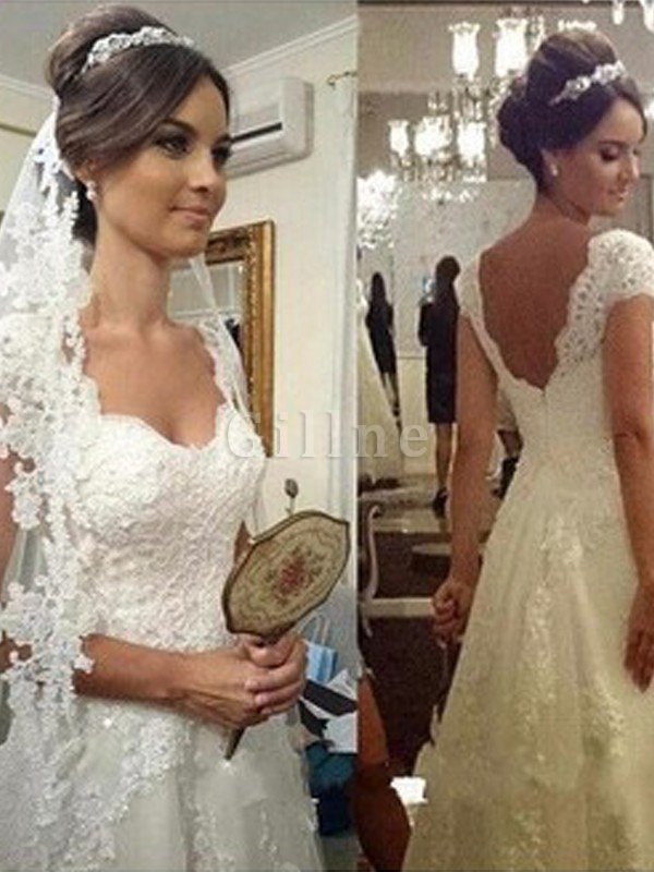 Princess Lace Sleeveless Natural Waist Tulle Wedding Dress