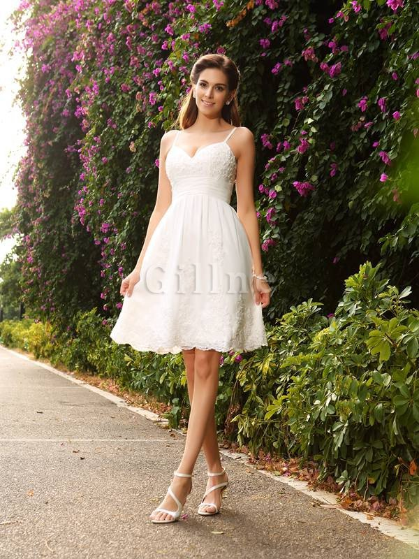 Lace A-Line Spaghetti Straps Appliques Sleeveless Wedding Dress