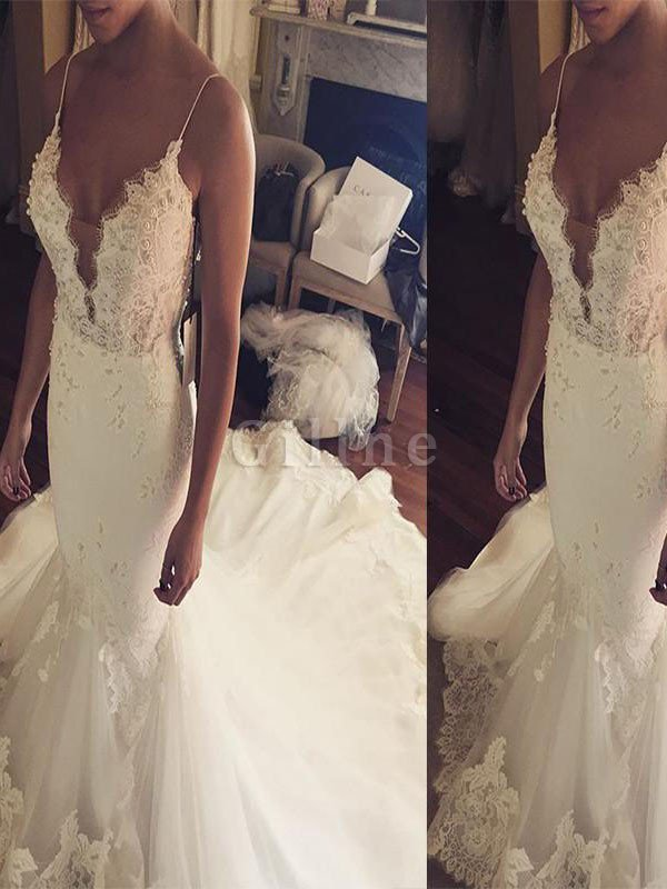 Court Train Sleeveless Natural Waist Lace Tulle Wedding Dress