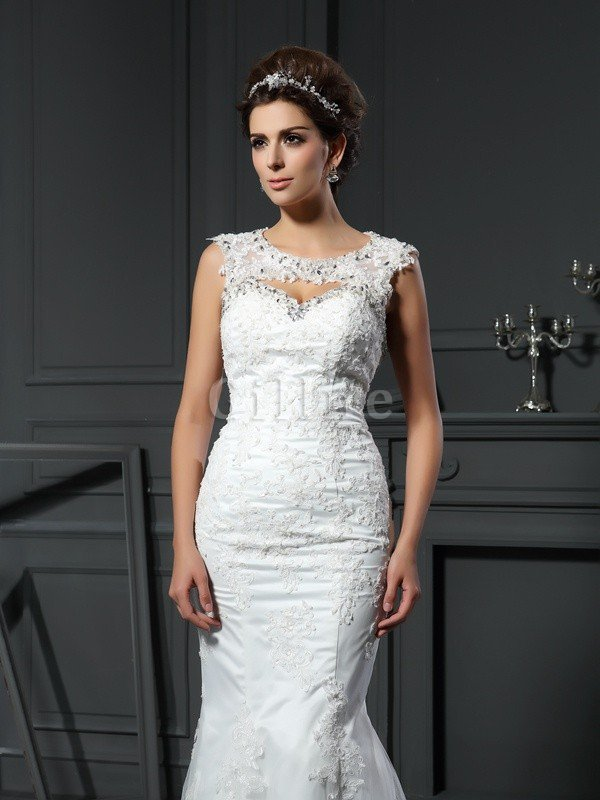 Long Court Train Sweetheart Sleeveless Zipper Up Wedding Dress