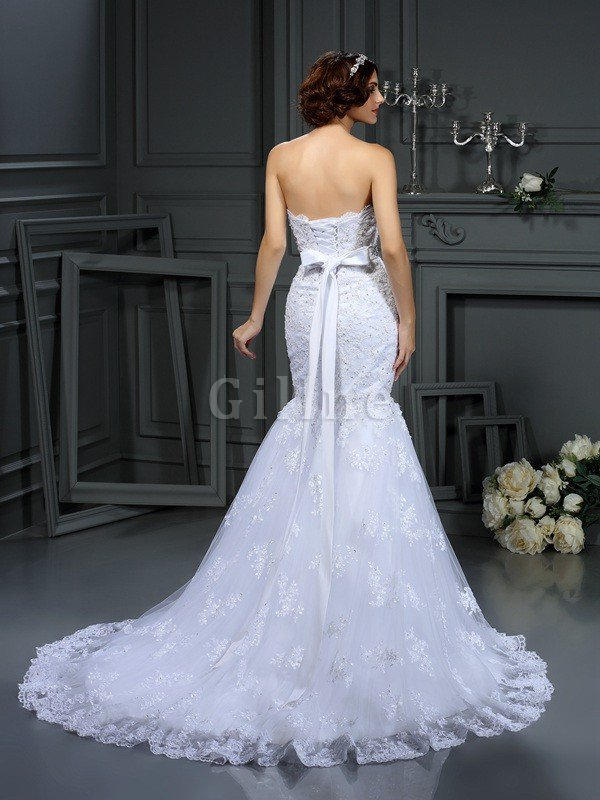 Long Strapless Lace Sleeveless Natural Waist Wedding Dress