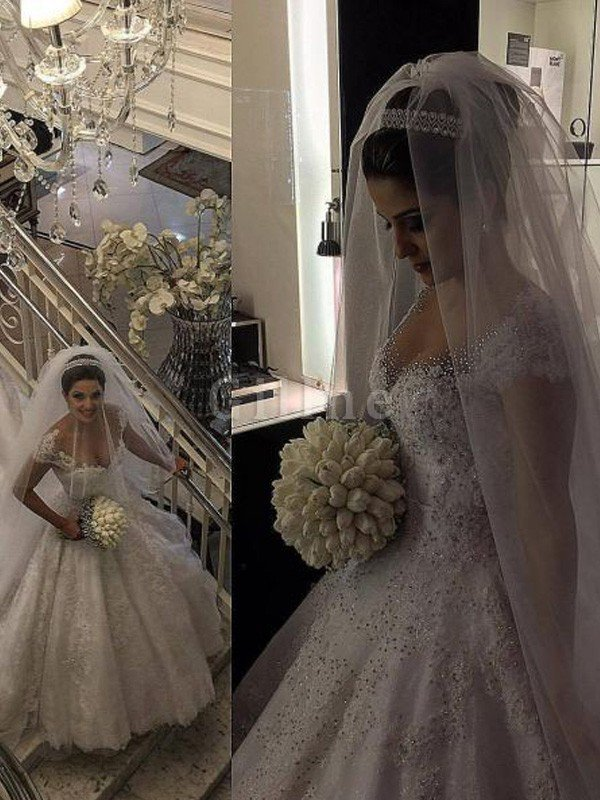 Natural Waist Floor Length V-Neck Tulle Ball Gown Wedding Dress