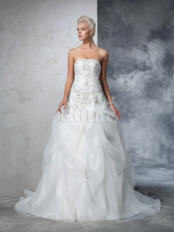 Lace-up Tulle Long Chapel Train Strapless Wedding Dress